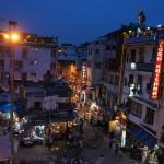 Main Bazar nocą