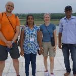 Jedno zwielu zdjęć zIndyjskimi rodzinami :)