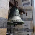 Dzwonnica na szczycie