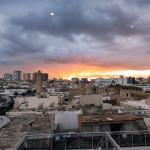 Zachód słońca wBen El Medina